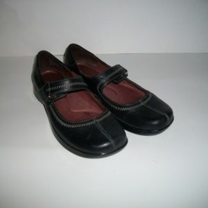 Naturalizer black Mary Jane flats size 7M